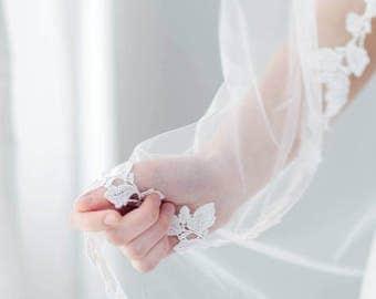 Lace Wedding Veil | Boho Veil | Bohemian Wedding Veil | Lace Bridal Veil | Leaf Lace Veil | Floral Wedding Veil | Lace Trim Veil [Eva Veil]