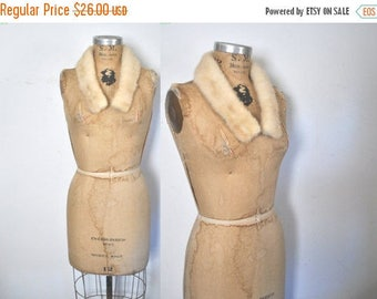 50% OFF Small Blonde Mink Fur Collar / vintage