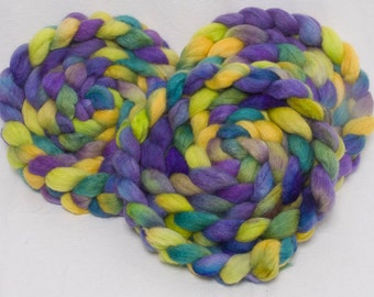 Spinning fiber, Yak, Tussah silk, British Falkland, Extra Soft fibre, Hand painted roving, hand dyed top, spinning wool, colour Wild Violets