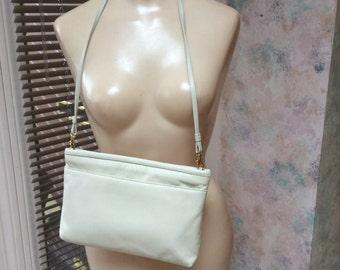 Vintage ivory leather envelope clutch or shoulder bag, large light beige leather clutch or shoulder bag, off white leather envelope clutch