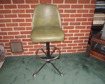 Vintage Mid Century Modern Adjustable Bar Stool with Avocado Green Vinyl Seat