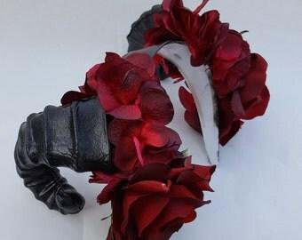 Qunari, Dragon Age ren faire cosplay flower crown, horns and flower halo