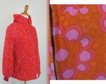 Gorgeous 70s Pink and Orange Scandinavian Print Jacket - Vintage Luhta Windbreaker - Vintage 1970s Spring Jacket