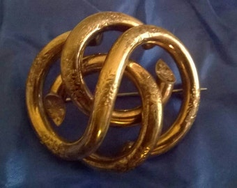 Victorian love knot brooch pin pinchbeck engraved large loveknot