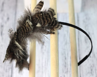 Natural wild feather hair band. Warm grey and white. Woodland fantasy fairy headband. Boho fascinator. hb020