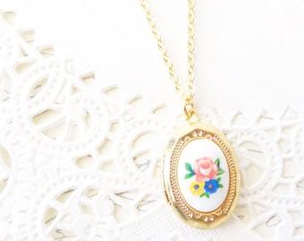 Vintage Gold Plated Locket - Vintage Limoges Locket Necklace -  Flower Limoges Locket - Rare Limoges Locket Necklace