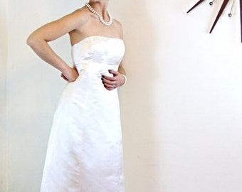 SALE 50% OFF Vintage Pure SILK J.Crew Strapless Wedding Dress Ivory Satin Column Sheath Classic Plain and Simple A-Line Cut 90s Bridal Gown