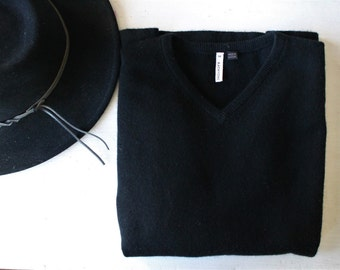SALE KATAYONE ADELI black cashmere sweater vintage xsmall