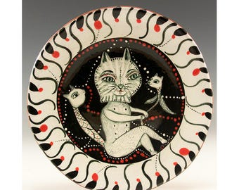 Small Plate - Painting by Jenny Mendes on a round ceramic dessert plate
