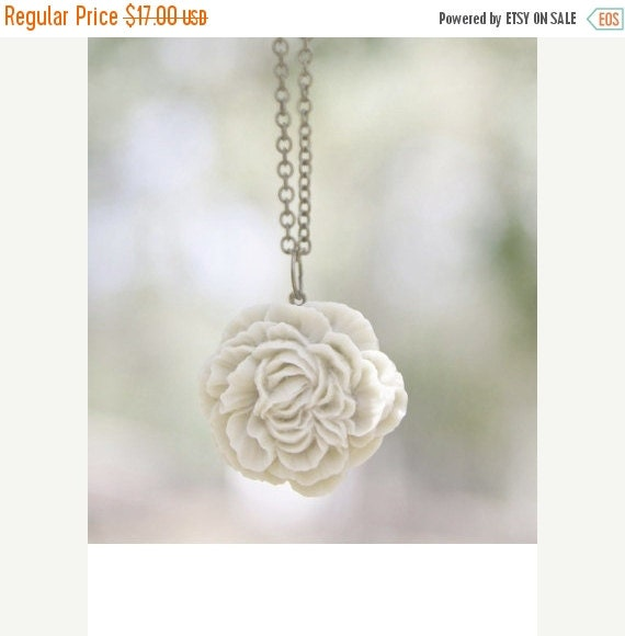 CHRISTMAS SALE Cream Ivory Peony Flower Necklace // Bridesmaid Gifts // Country Wedding // Bridesmaid Necklace