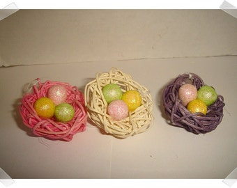 Easter Eggs/Nest Ornament Decoration/ Set of 3/ Holiday/ Craft Supplies*