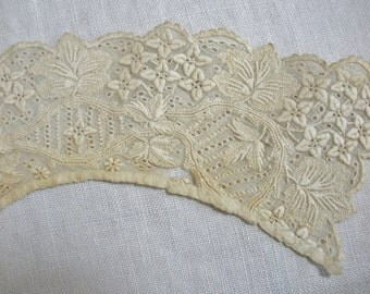 Antique Vintage Ladies Embroidered Lace Collar