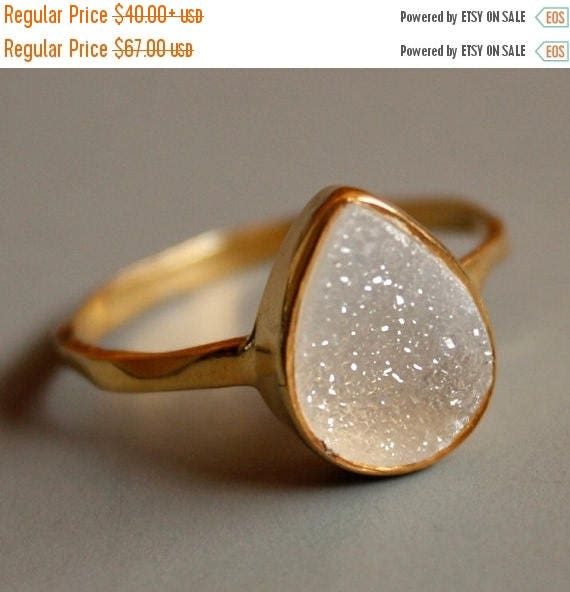 50% OFF Gemstone Ring - Druzy Ring - White Agate Druzy - Teardrop Shape - Stacking Ring