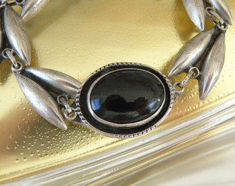Vintage Sterling Silver Ethnic Mexico Onyx Signed Unique Link Bracelet