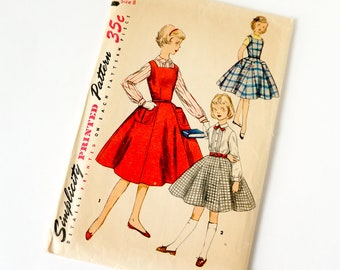 Vintage 1950s Girls Size 8 Jumper Blouse and Skirt Simplicity Sewing Pattern 1330 Complete / breast 26 waist 23