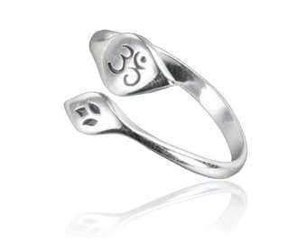 Tribu jewellery, Ethnic jewellery, Silver ring, Charm jewellery, Yoga jewellery, Energy jewellery, Ohm ring, Ohm, Tribu