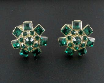Green Rhinestone Earrings, Coro Earrings, Green Earrings, Round Earrings, Rhinestone Earrings, Christmas Earrings