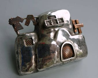 Azza Fahmy Sterling Nile House Pin