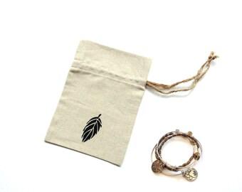 Linen gift bag, 5 x 7 inch drawstring pouch, reusable ecofriendly bag, hand painted fall leaf, bridal shower favor, Autumn wedding,linen bag