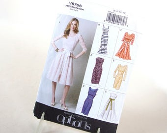 UNCUT REtro Style Lined Dress Sewing Pattern, Vogue 8766, Size 6 to 12 Bust 30.5 to 34 Inches