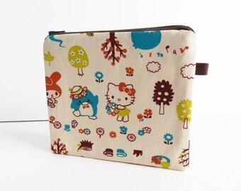 Hello Kitty & Friends Sanrio Fabric Medium Zippered Purse
