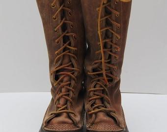 Vintage mens tall lace up bean boots / L.L. Bean