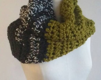 Heather gray meets green cowl scarf /pulloverscarf/green cowl /ladies green scarf