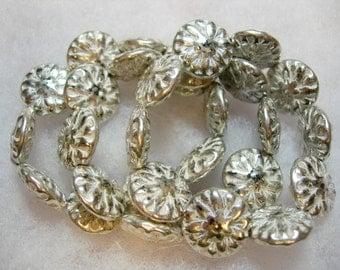 10 beads -  Czech Glass Antique White Mercury Silver wash Dahlia Flower Beads 14mm