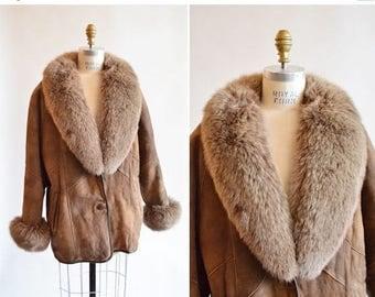 30% OFF storewide // Vintage 1980s FOX & Shearling wool coat