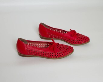 70s cutout leather oxfords | red shoes | womens