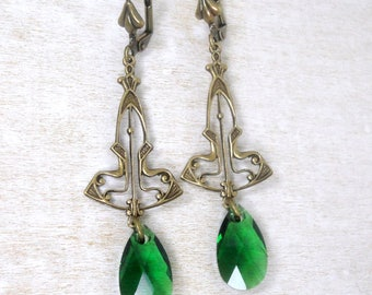 Art Deco Earrings - Art Deco Jewelry - Swarovski Earrings - Green Earrings - Green Jewelry - Leverback Jewelry - Elegant Jewelry