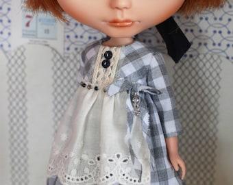 Apron dress for blythe