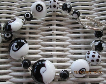 481  Black and white patterned handmade beaded necklace