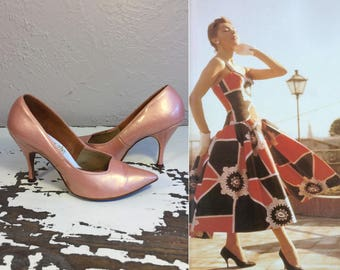 Stand Taller Than Everyone  - Vintage 1950s Venus Shell Pink Pearlized Patent Leather Stilettos - 6