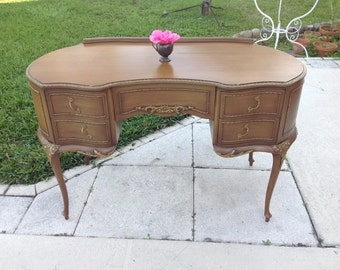 KIDNEY SHAPED DESK with Queen Ann legs Antique French Style /50 Inches long Kidney Shaped Vanity Writing Desk / Shabby Chic Retro Daisy Girl