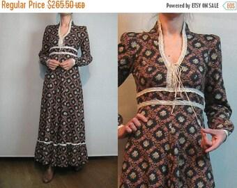 FALL SALE 70s GUNNE Sax Maxi Dress Vintage Gunne Sax Lace Up Dress 70s Lace Up Maxi Dress Black Floral Maxi Dress Harlequin Print