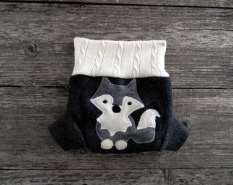 Upcycled Merino Wool Soaker Cover Diaper Cover With Added Doubler Charcoal Gray/ White With Wolf Applique NEWBORN 0-3M Kidsgogreen