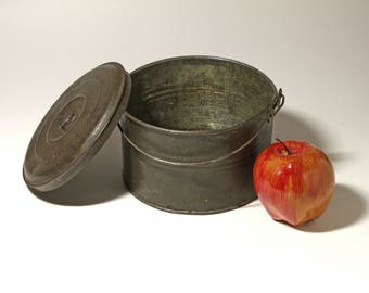 Vintage Tin Lunch Pail, Berry Bucket, circa 1920's