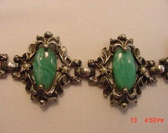 Vintage Green Cabochon & Faux Pearl Accented Bracelet  17 - 310