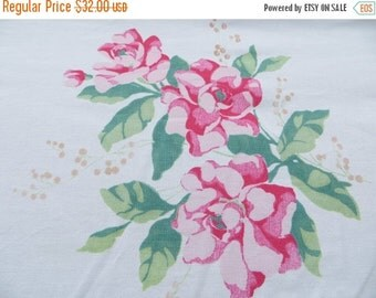 ON SALE Vintage Tablecloth-Pink and Jadite-Roses-Shabby-Cottage-Chic
