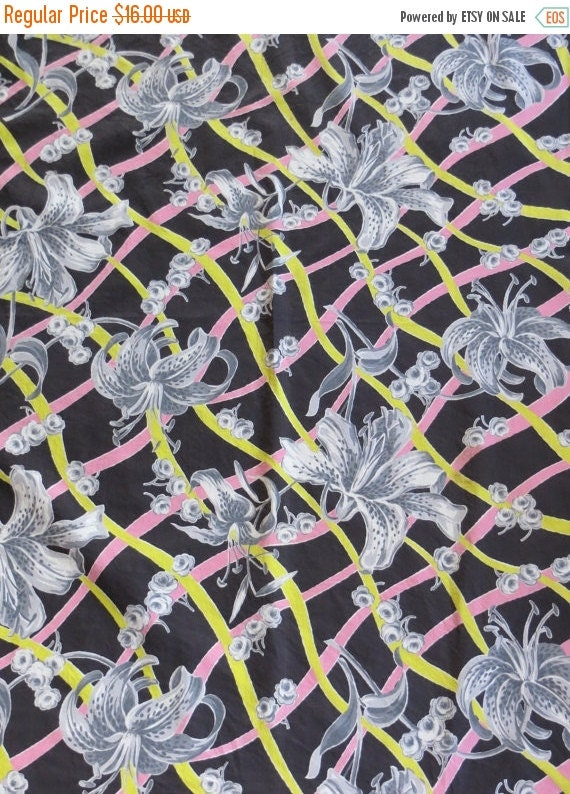 ON SALE Vintage 1940's Fabric-Retro Chic-Cotton-Funky-Lily's-Floral-Black pink and Yellow-Yardage