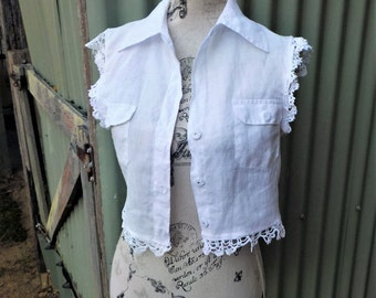 short + sweet white blouse with vintage lace - upcycled cropped top, s/ m