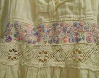 BOHO FLOWER HIPPIE cotton gauze crochet lace ribbon trim hi low maxi midi dress halter smocked back ribbons, full skirt Boho sz xs s