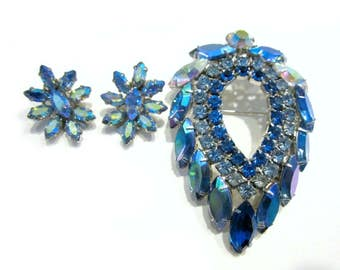 Sarah Coventry Blue Lagoon Rhinestone Brooch Vintage 1960s Juliana Designer Blue Silver Pin Gift for Mom Gift for Her Bonus Clip Earrings
