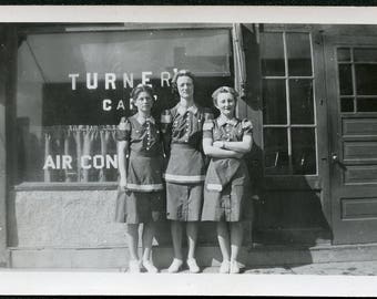 Waitresses Dressed In UNIFORM In Front of TURNER'S CAFE Photo circa 1940s