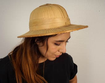 vintage bamboo pith helmet safari tropical costume sun hat men women Asian African explorer jungle Tarzan Jane Porter cosplay woven straw