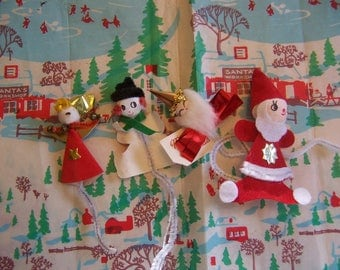 tiny pipe cleaner and paper decorations