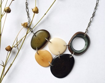 Tagua nut jewelry. Olive tan white black necklace. Neutral colors. Olive green. Cream green black Necklace. Sela Designs. Ready to ship