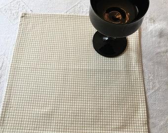 NAPM #13209, Tan and White Checkered Napkins, Napkins, Cloth Napkins, Napkin Set, Table Linens, Dinner Napkins, Kitchen Napkins, Linens