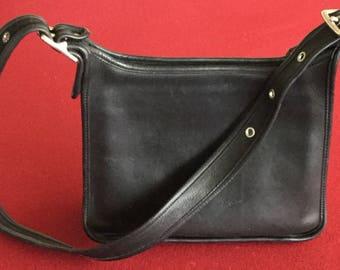 Cool vintage Legacy COACH Black Leather Croos Body Hobo Bag